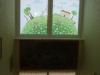 stiklu-dekoravimas-plevele-su-spauda-vaiku-darzelyje