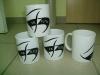 balti-keramikiniai-puodeliai-su-futbolo-klubo-viltis-logo
